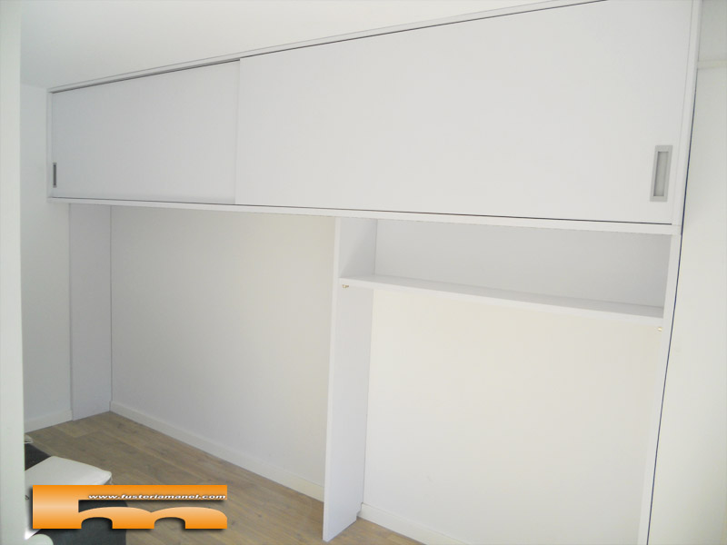 Armario altillo a medida con leds barcelona david - Iluminacion interior armarios ...