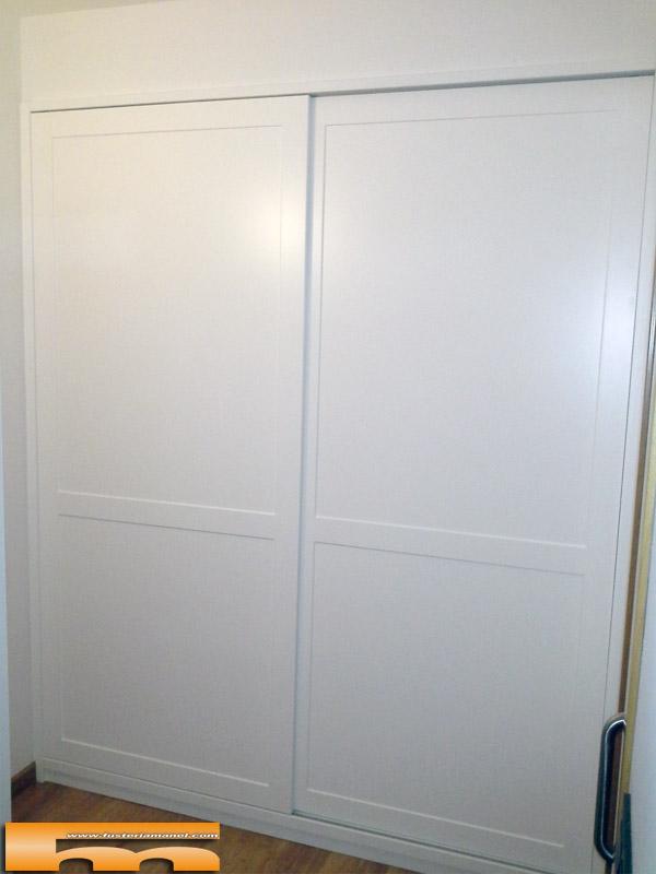 Armario empotrado a medida lacado puertas correderas for Precios de armarios a medida
