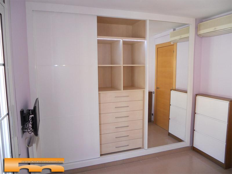 Casa de este alojamiento armario habitacion matrimonio a for Armarios habitacion
