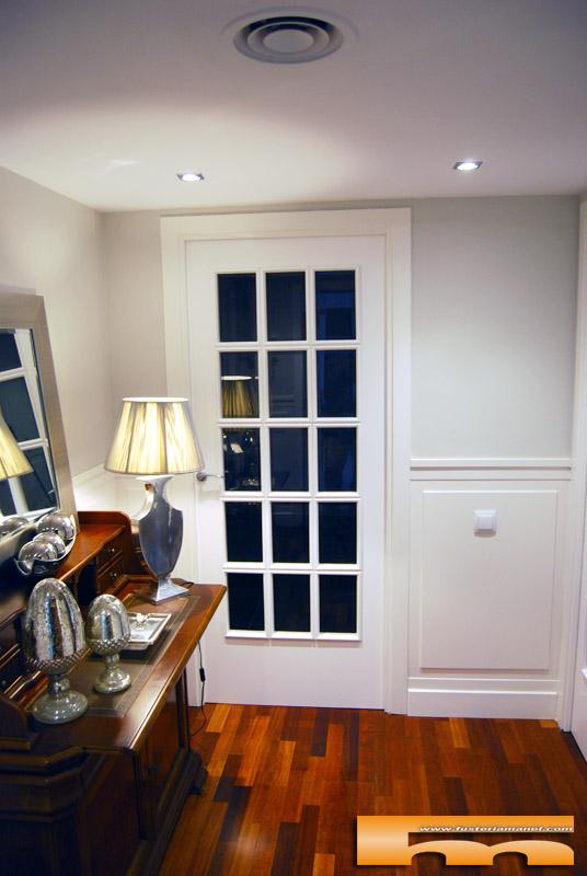 Puertas estilo franc s vitrina lacada yolanda barcelona - Vitrina a medida ...