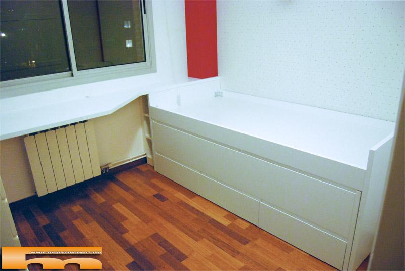 Cama compacta lacada habitaci n juvenil a medida sant - Medidas cama nino ...