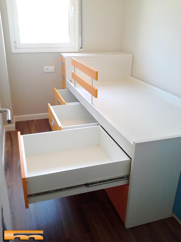 Cama compacta habitacion infantil mariajos sant feliu for Cama compacta con cajones