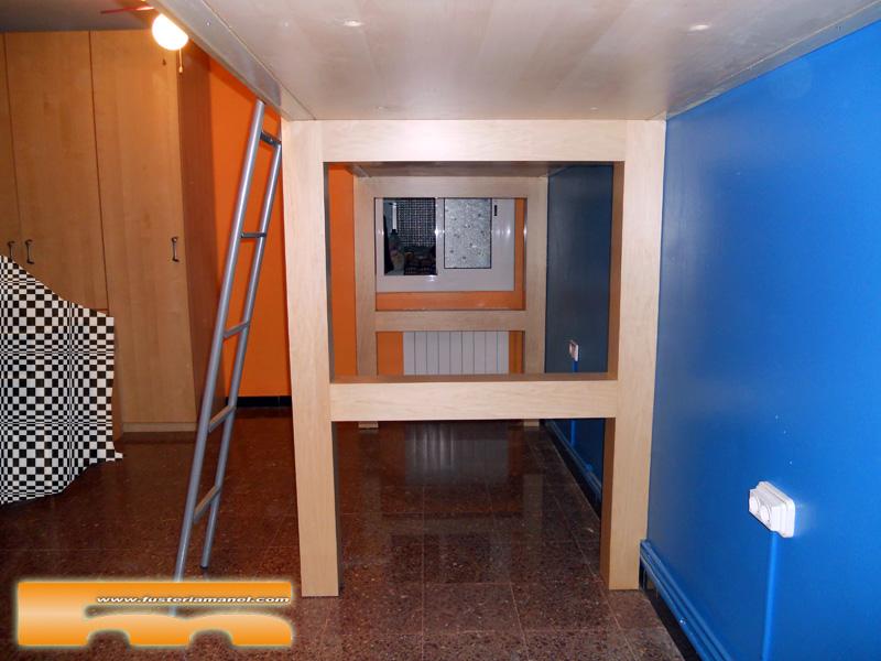 Habitaci n juvenil a medida camas altas cornella de for Habitacion juvenil cama alta