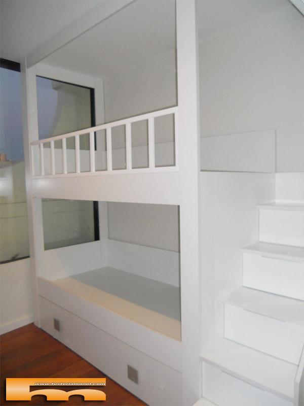 Litera a medida escalera lateral habitaci n infantil for Armarios para escaleras