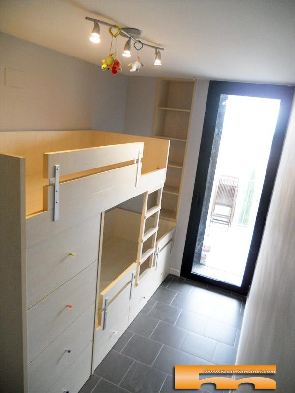 Habitaci n alargada y estrecha ventajas de una litera tren - Habitacion con literas para ninos ...