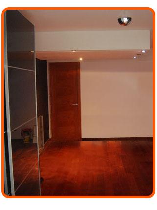 Cama alta camag espacios peque os - Cama con techo de tela ...